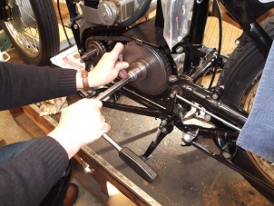 Sleeve Gear Nut Tool in Use